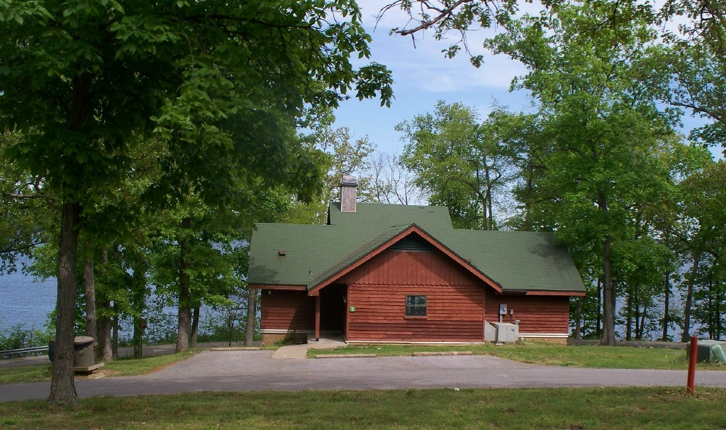 5 things to do near paris landing state park tennessee for Cabins to stay in nashville tn