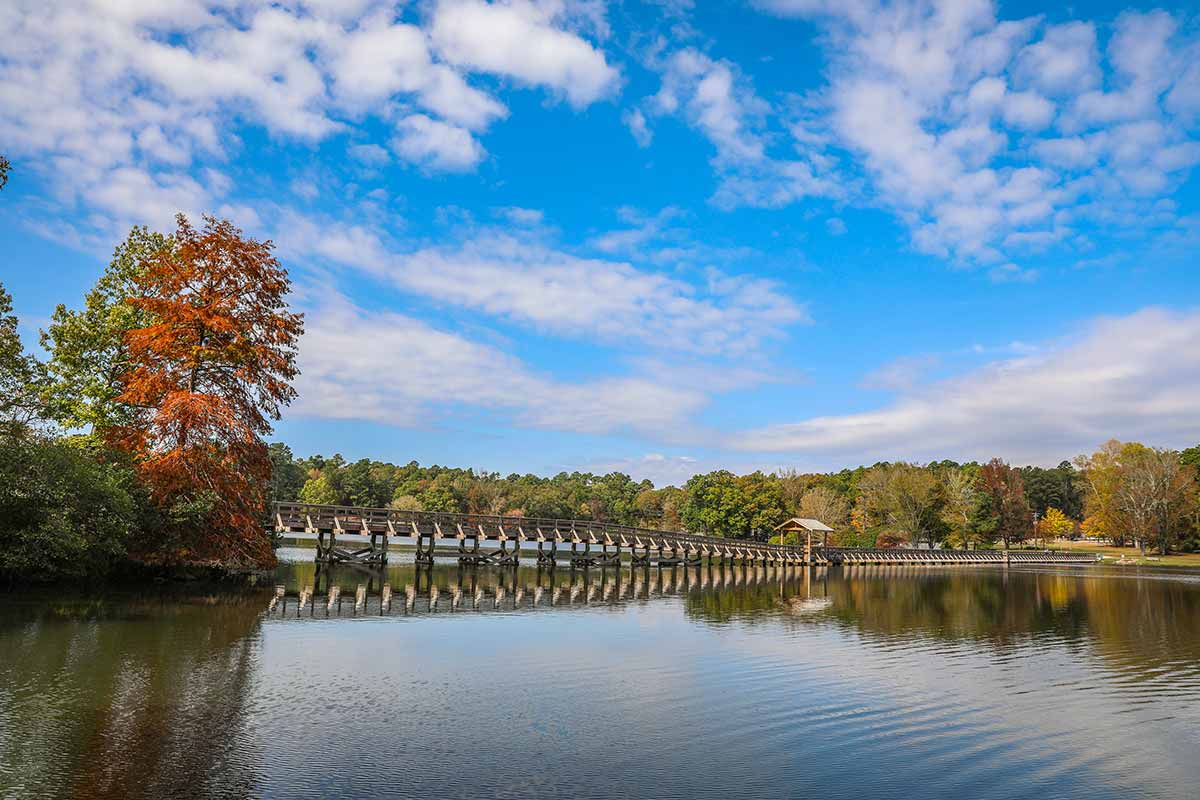 Bridge over Lake Place at Chickasaw State Park